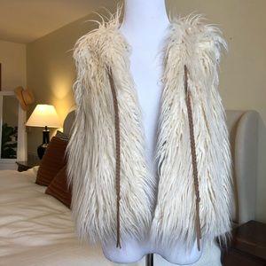 Hei Hei white furry vest (Anthropologie)